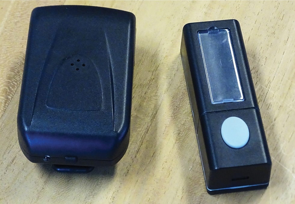 FIGURE 4. Wireless doorbell for client signaling.